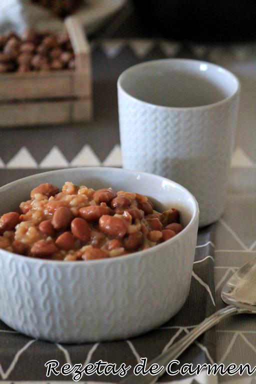 Alubias pintas con arroz en crockpot (slow cooker)