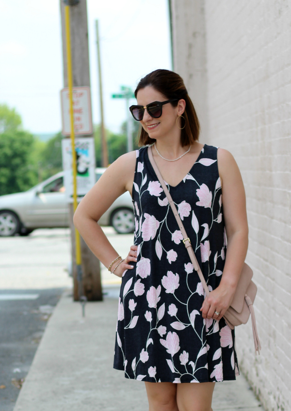 floral dress, bohoblu, spring style, mom style, style on a budget, how to style a floral dress