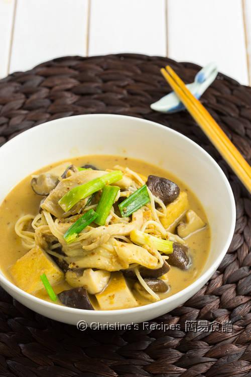 雜菇豆腐配芝麻汁 Mushrooms & Fried Tofu with Sesame Sauce01