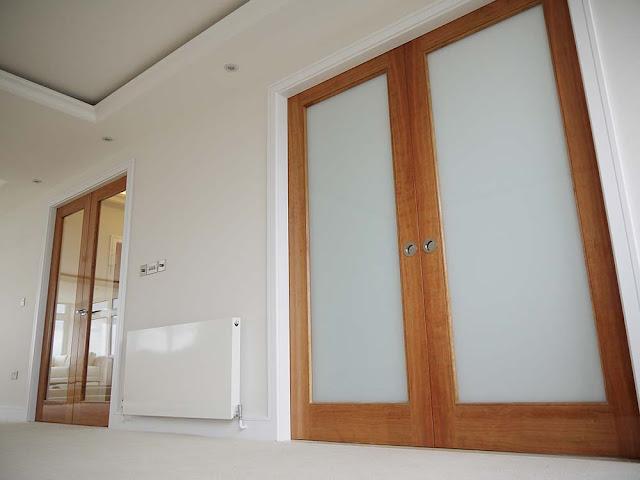Double cherry glossy doors