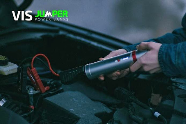 Flashlight by Jumper Power Banks