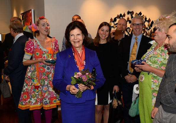 Queen Silvia of Sweden carried out the opening of a new clinic in Lilla Erstagarden hospice which works for children and young people requiring medical care.