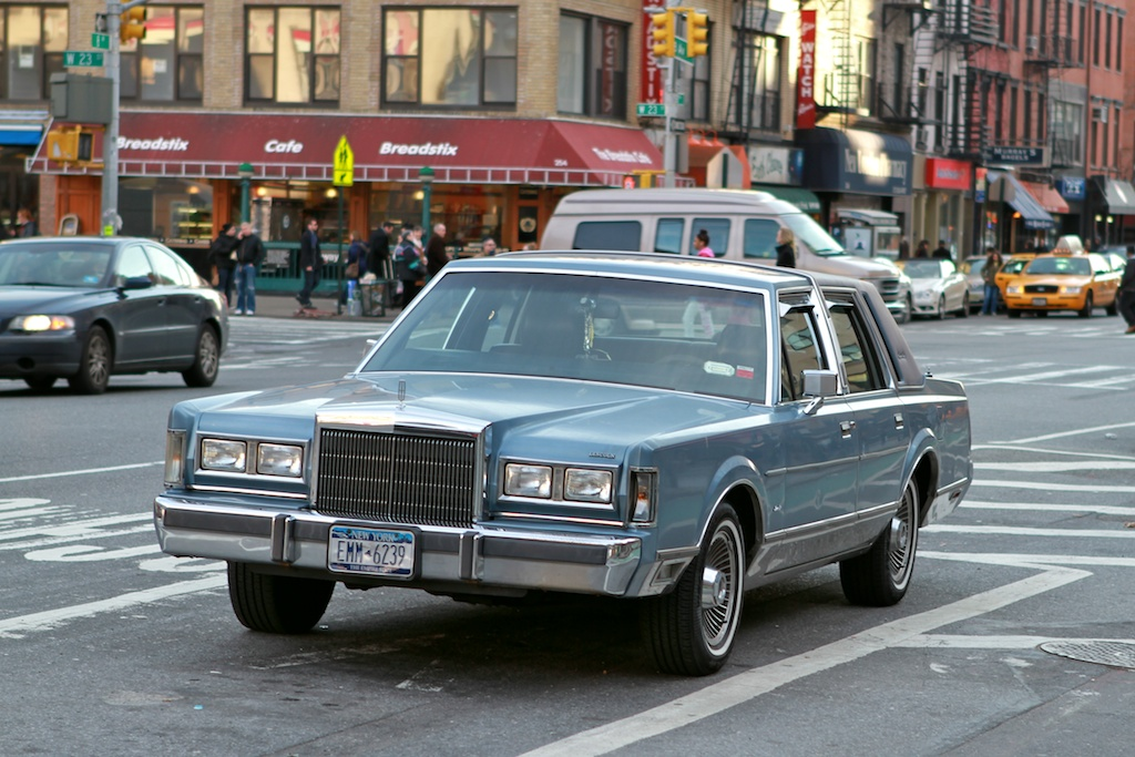 The Street Peep 1988 Lincoln Town Car