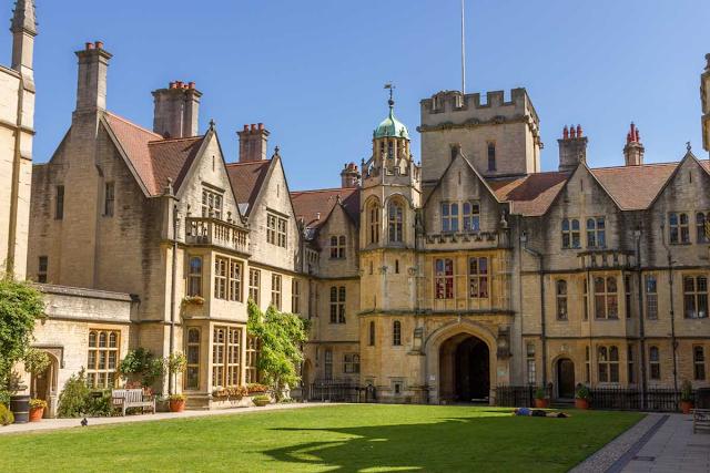 Где живут студенты Оксфордского университета