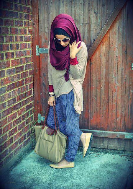 Stylish Girl with glasses and skaff fb dp - Facebook Display