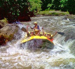 Paket arung jeram di Bogor, paket rafting, serunya rafting, di sungai Cisadane Bogor, arung jeram Bogor, paket arung jeram Bogor, rafting, arung jeram, di, Bogor, Sentul, Puncak, Sukabumi, Bandung, Indonesia