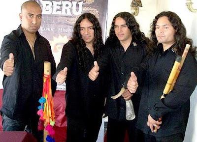 Foto de integrantes de Alborada con camisa y pantalón