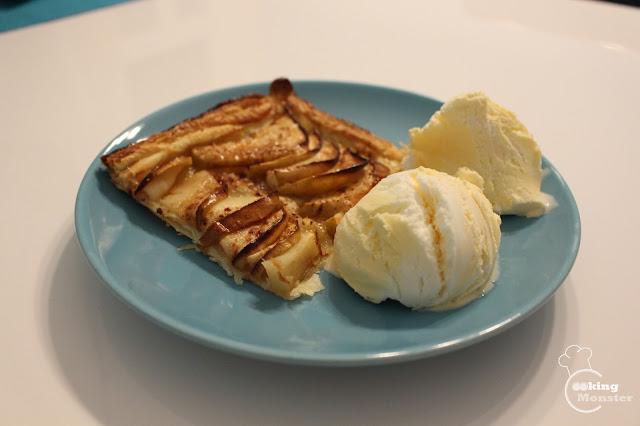 Ekspresowa tarta z jabłkami na 2 sposoby