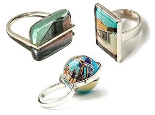 Diseño de anillo muy creativo e inusual con resina