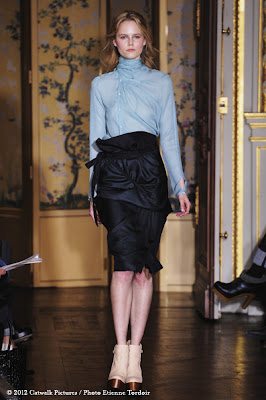 Paris Fashion Week: Anne Valerie Hash Woman Collection Runway Photos