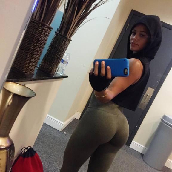Mia khalifa in leggings Girl In Leggings