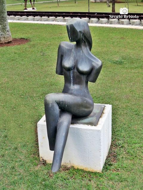Close-up da Escultura Cumplicidade - ALESP - Paraíso - São Paulo