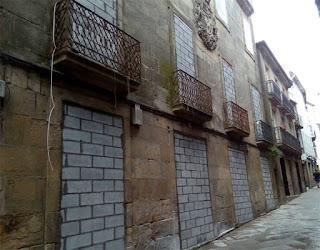 Podemita, Santiago, Podemos, Okupas, casas, okupación, progre,