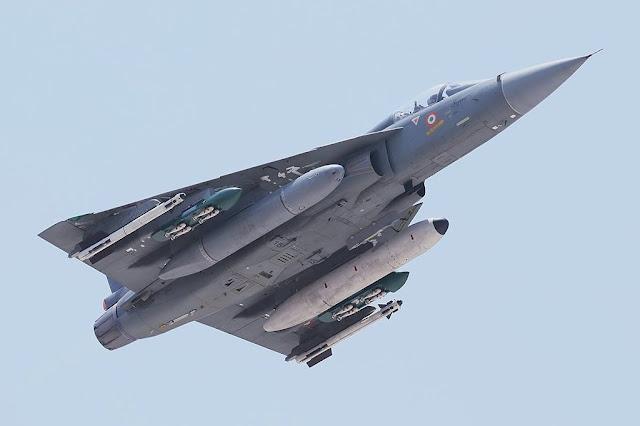 MAIDEN FLIGHT FOR INDIAN TEJAS FIGHTER JET