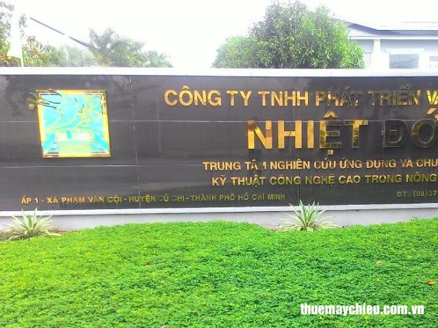 Công ty TNHH phát triển và đầu tư Nhiệt Đới thuê máy chiếu vnpc