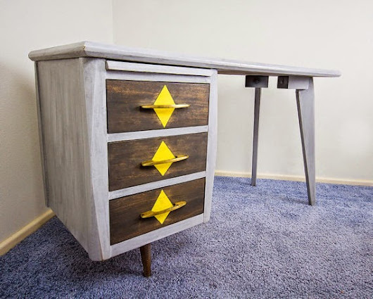 FOR SALE: Beautiful custom painted vintage mid-century wood writing desk with three dovetailed drawers