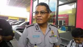 Polda Metro Masih Cari Iwan Bopeng, Netizen: Baju Kotak-kotak Ternyata Lebih Susah Ditemukan