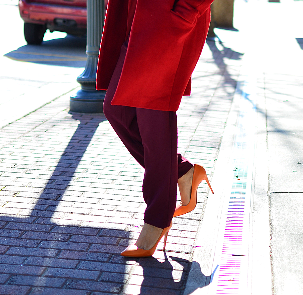 Orange shoes street style