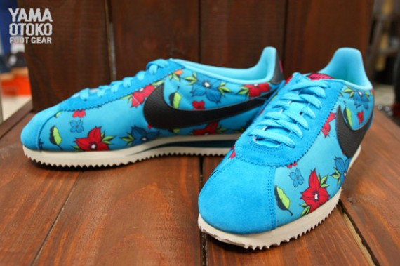 "sports shoes 8dfe9 15eb0 Nike Classic Cortez Nylon ""Aloha Pack"" QS"