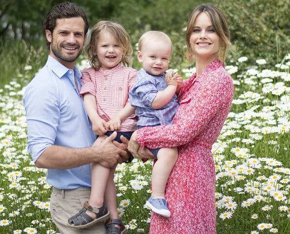Princess Sofia is wearing a byTimo cotton organza petite flowers shirt dress. Prince Alexander and Prince Gabriel