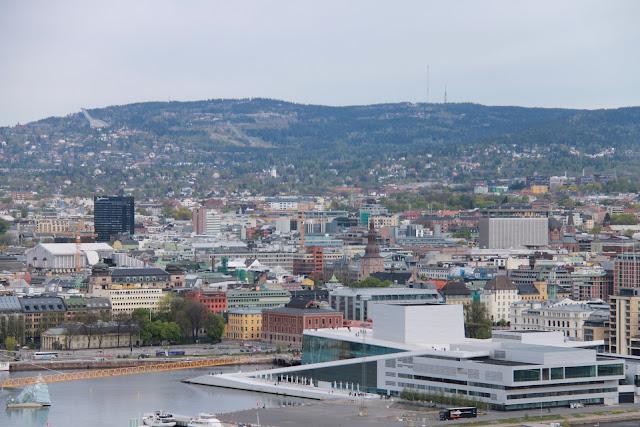 Näkymä Oslon keskustaan Ekebergin puistosta, Norway
