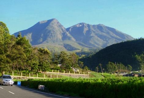 LAWU CLIMBING PACKAGE - Porter Mount Lawu
