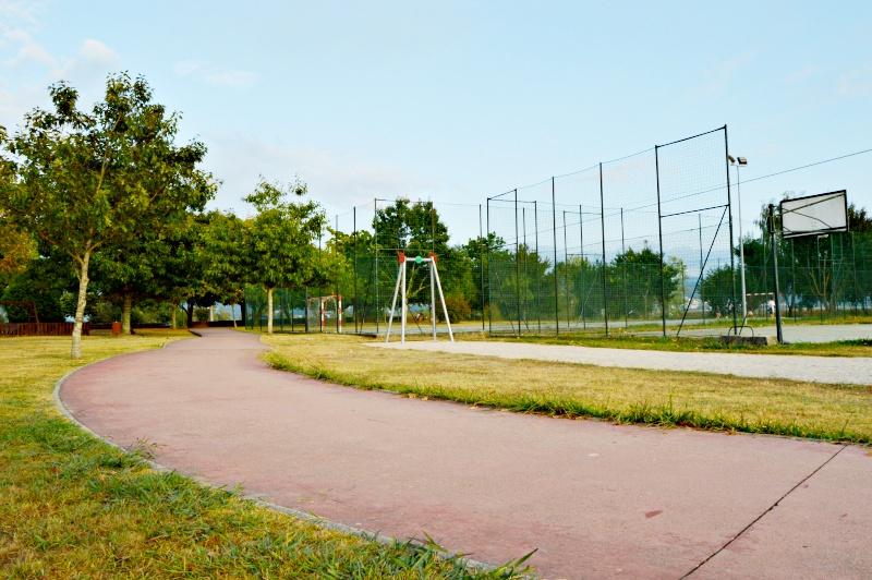 zona deportiva parque de pies en o rosal