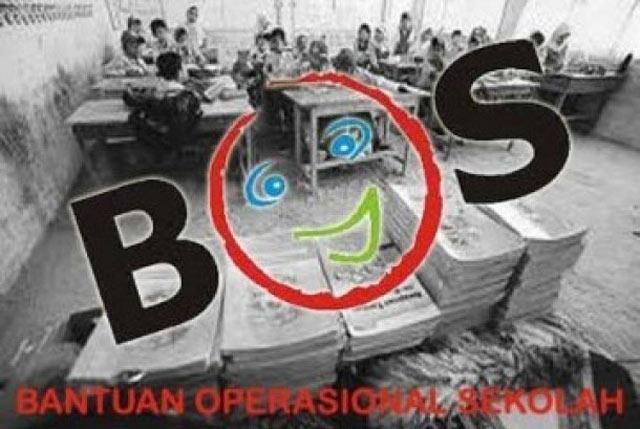 Hingga sekarang ternyata banyak sekolah di Banjarbaru belum menerima dana Bantuan Operasional Sekolah (BOS).  Gara-garanya, sekolah yang belum menerima dana BOS belum menyampaikan Surat Pertanggungjawaban penggunaan dana BOS triwulan I. Padahal, saat ini sudah memasuki triwulan III.  Ada apa sebenarnya ini?