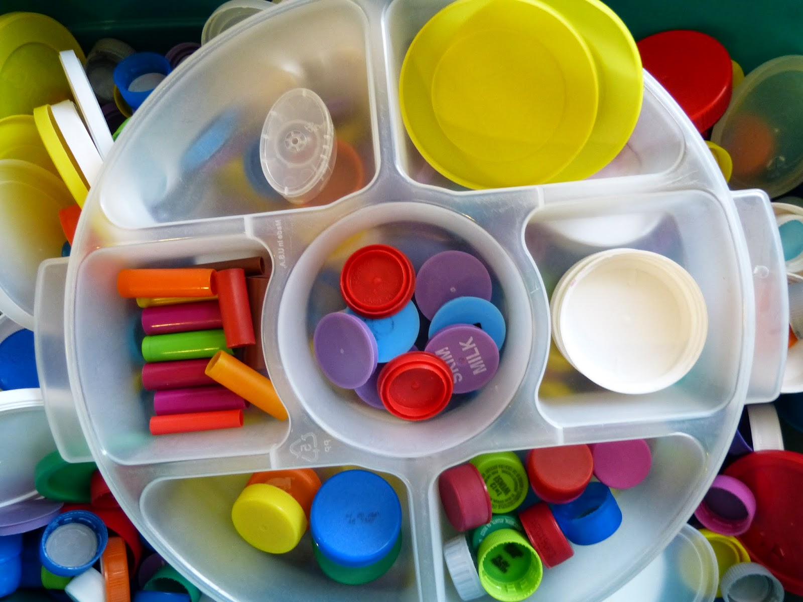 Lids, caps, tops... free recycled learning materials from Paula's Preschool and Kindergarten