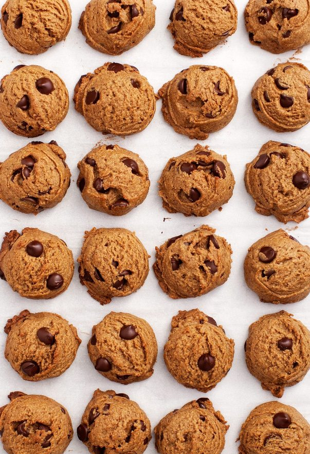 Real Food Peanut Butter Chip Cookies | Land of Honey