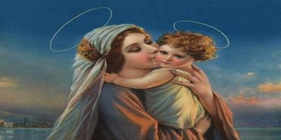 imagem de Nossa Senhora com Jesus nos braços