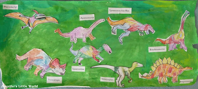 How to hold a dinosaur themed day for children