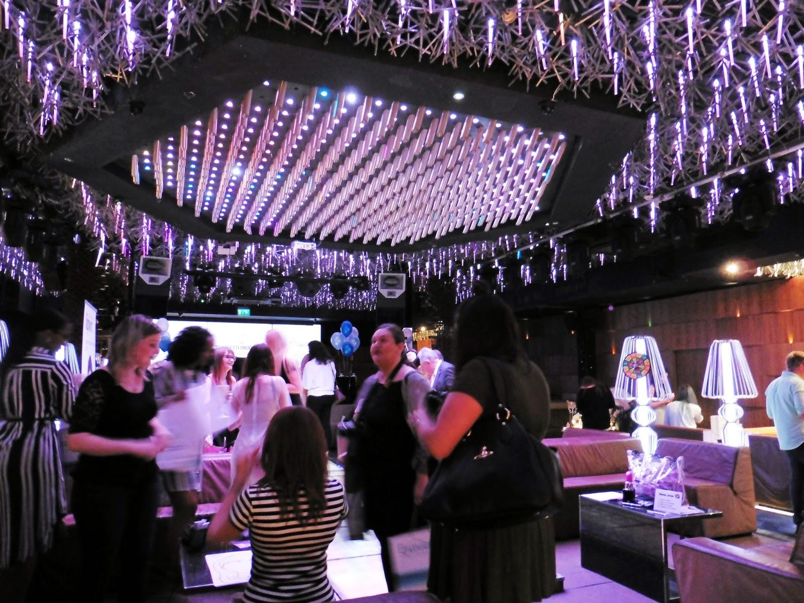lebellelavie - The Bloggers Ball hosted by Scarlett London