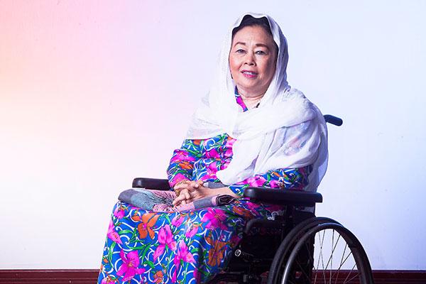 Terharu Ibunya Diberi Ucapan Selamat Harlah Oleh Presiden, Yenny Wahid Balas.....
