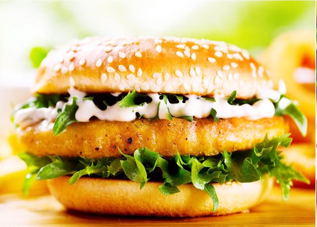 CHICKEN BURGER Z KURCZAKIEM - najlpepszy domowy fast food