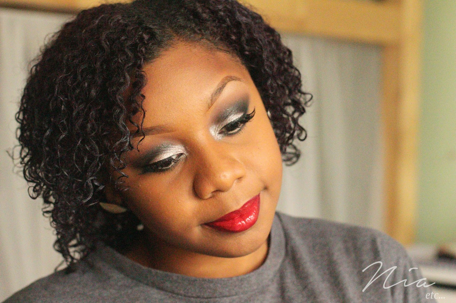 Classic Glamour Look with Bold Cut Crease and Red Lipstick 5