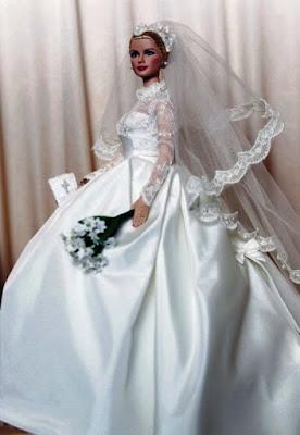 Contoh Desain Gaun Pengantin ala Barbie