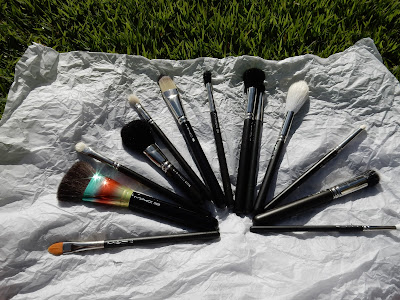 M.A.C Brushes - www.modenmakeup.com