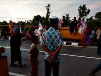 """Asmara Subuh Ramadan"" Tradisi Tahunan Muda-Mudi Pangkep Saat Pulang Shalat Subuh"