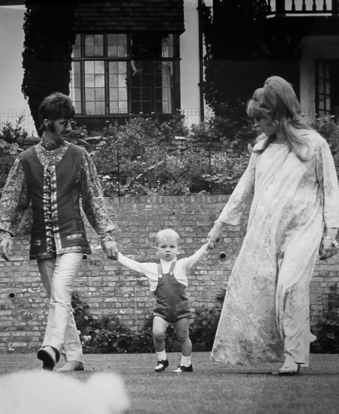 Meet the Beatles for Real: Two Beatle kid birthday today!