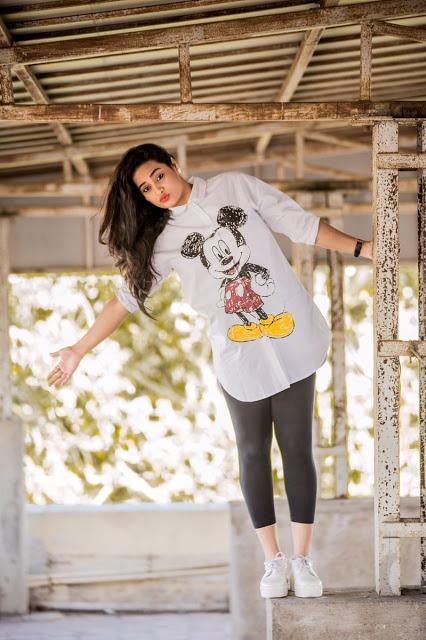 Actress Suja Varunee Awesome New Photoshoot