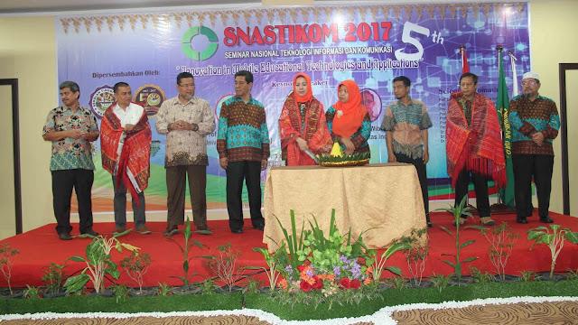 Prodi TI STT Harapan Medan Sukses Menggelar SNASTIKOM Ke 5