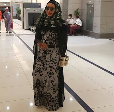 Lizzy Anjorin in medina picture