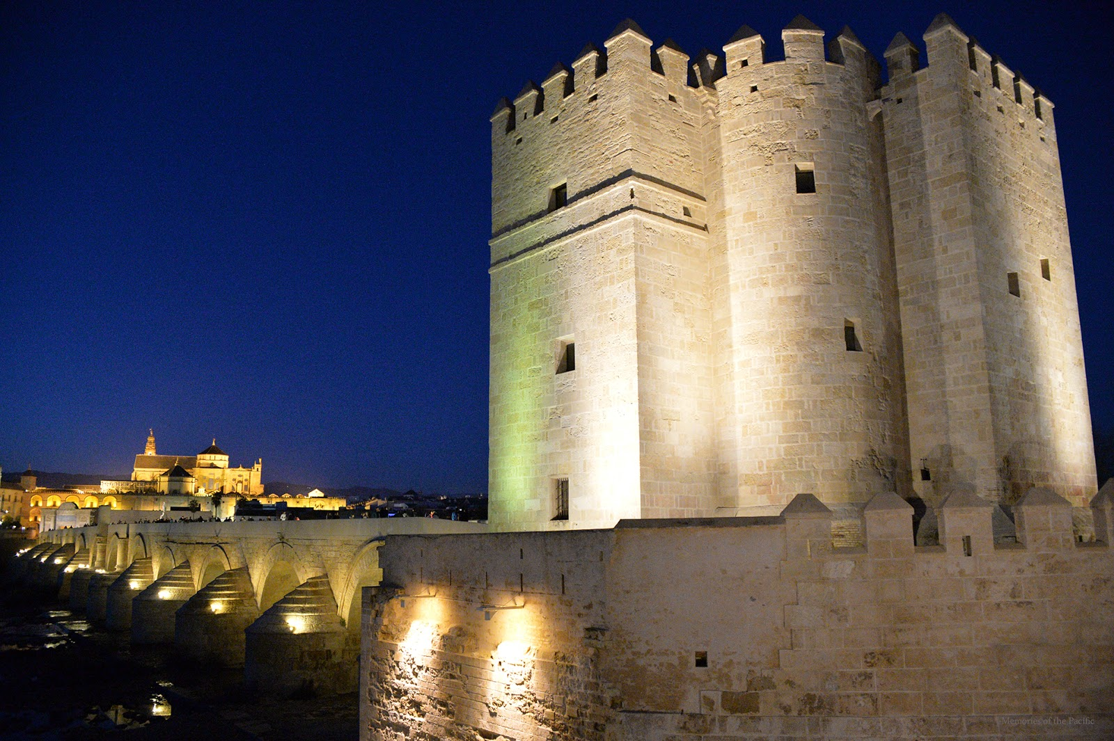 puente romano torre de calahorra cordoba españa