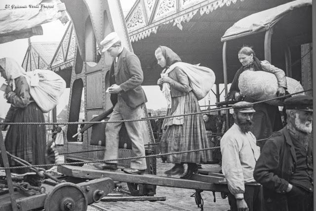 Museo Red Star Line, pasajeros en los muelles - Amberes por El Guisante Verde Project