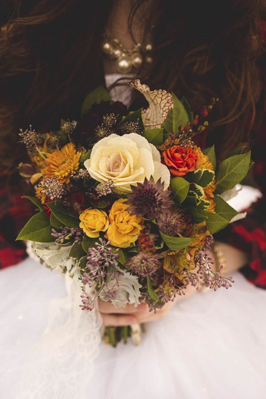 Vintage Fall Wedding Inspiration flower bouquets