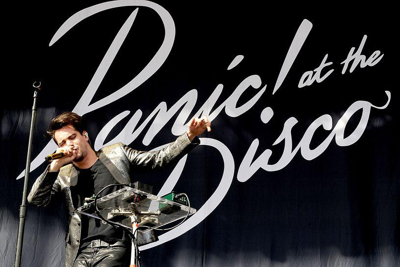 Terjemahan Lirik Lagu This Is Gospel ~ Panic! At The Disco