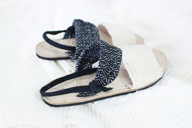 santa fe laadi designs, laadi designs review, laadi designs blog review, laadi designs sandals, laadi designs review, artisan sandals, ethnic sandals us, laadi designs haul, handmade sandals usa