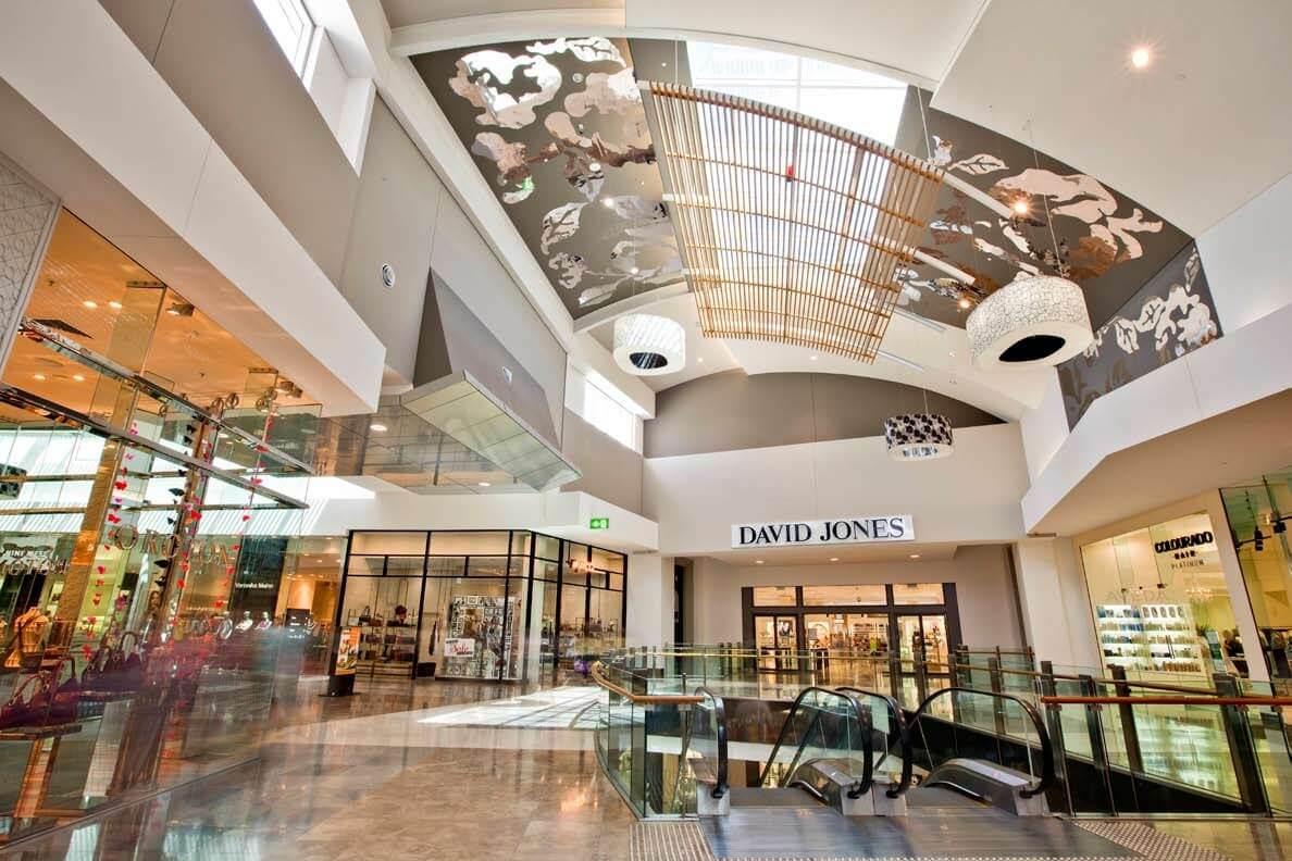 Trung tâm thương mại với rất nhiều sản phẩm.