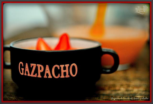 gazpacho de tomate raf fresas y cilantro tererecetas 05